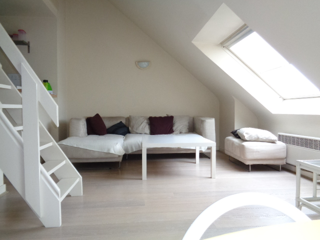 Appartement 2ch. meublé Châtelain/Flagey/Louise