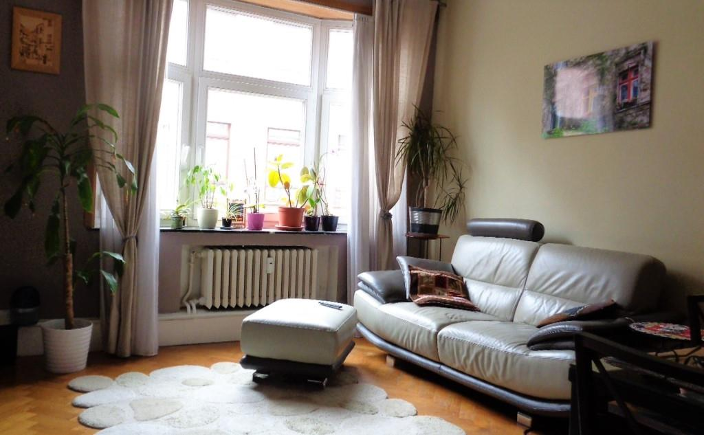 1 bedroom apartment Throne district / Luxembourg square